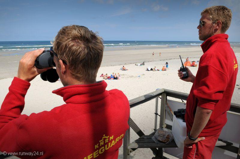 Waterfront lifeguard class vs regular lifeguard class